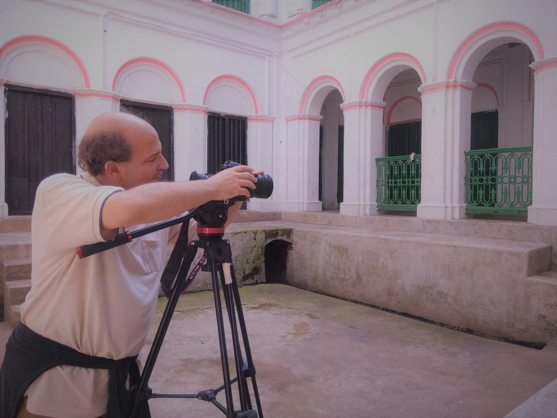 Image 5. Marco at work at Nandy Bari