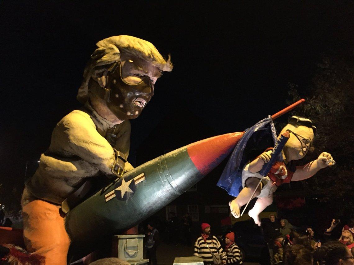Trump un effigy